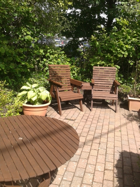 Garden area Coed Mor Amroth